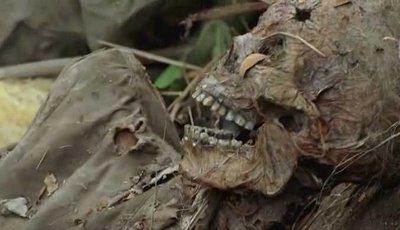 Tailande atrastas numirėlių urvas