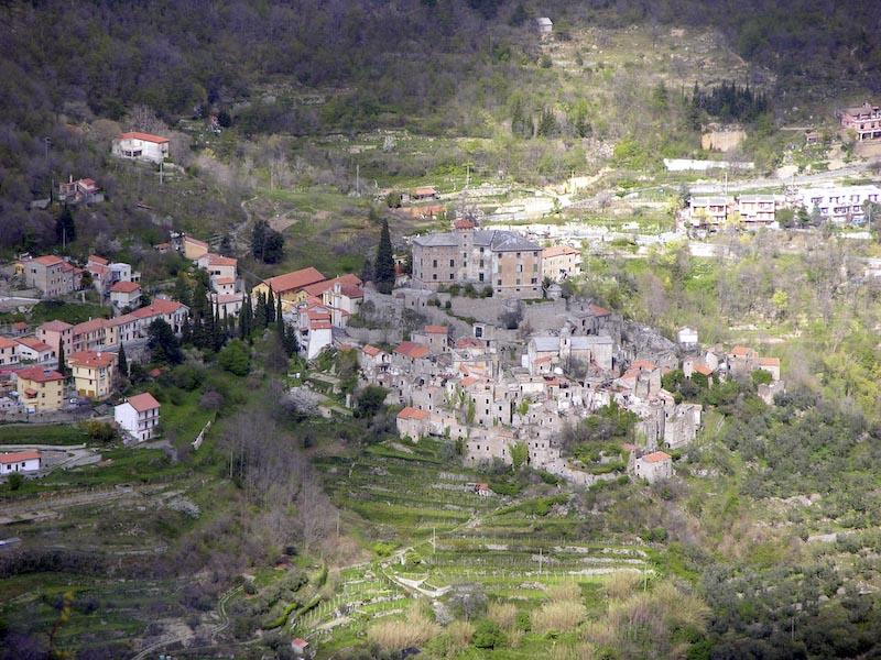 Apleistas Balestrinos miestelis Italijoje