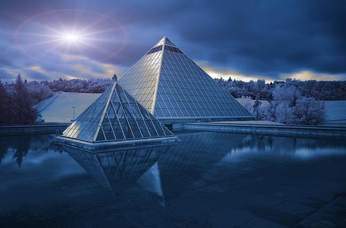 Piramidžių nauda astralinėms kelionėms