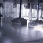 Keista, sparnuota būtybė, nufilmuota vaizdo kamerų