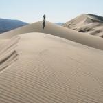 """""""Dainuojančio smėlio"""" fenomenas dykumose"""