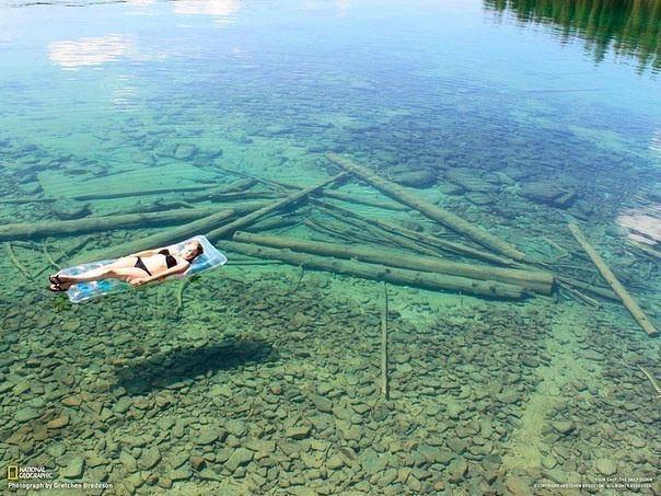 Nepaprastai skaidrus vanduo Montanos ežere