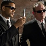 Vyrai juodais drabužiais – kas jie?