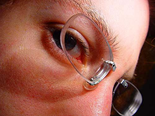 akiniai 2