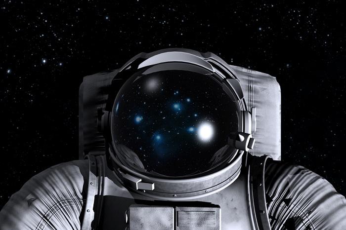 Angelai kosmose