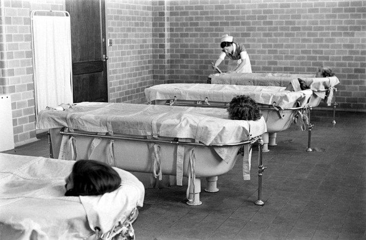 Psichiatrinės pacientai įamžinti nuotraukose