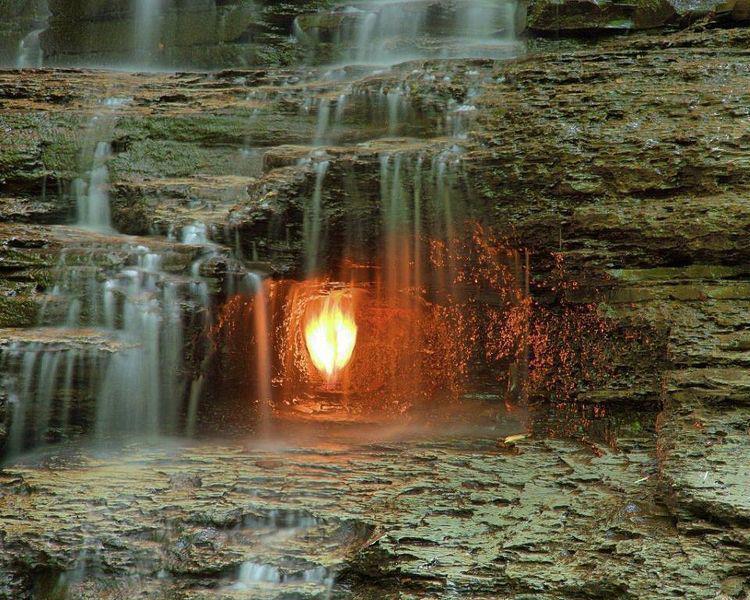 Amžinoji ugnis po kriokliu
