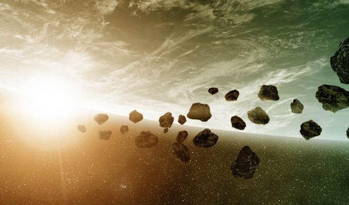 Savaitgalį pro Žemę praskriejo autobuso dydžio asteroidas