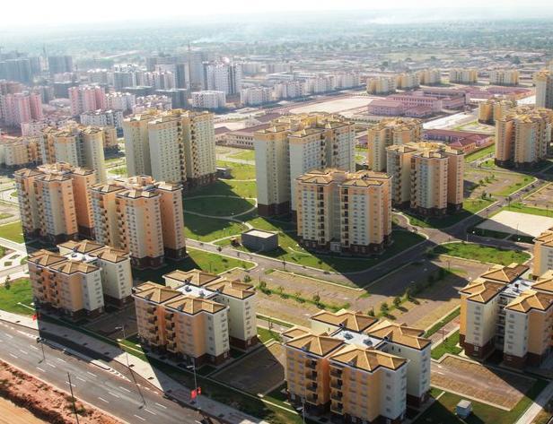 Nova-Siudad-de-Kilamba apleisti miestai 3