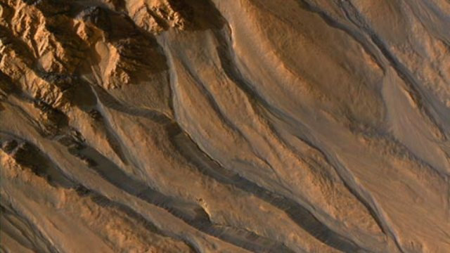 NASA Marse rado tekančio vandens?