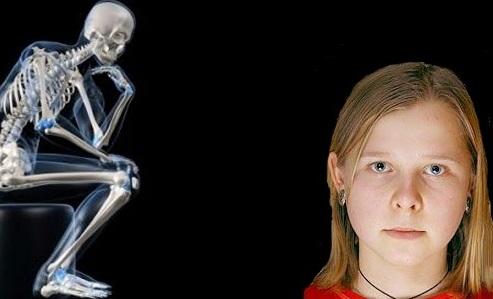 Mergaitė, kuri gali matyti kaip per rentgeną