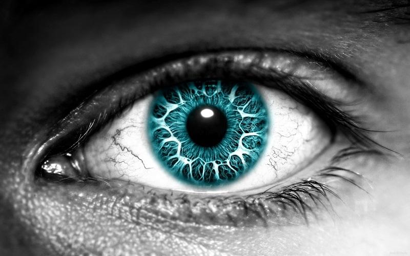 Ką sako akių spalva?